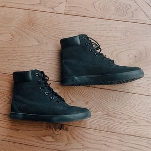 A black leather & suede Timberland Sneaker Boots